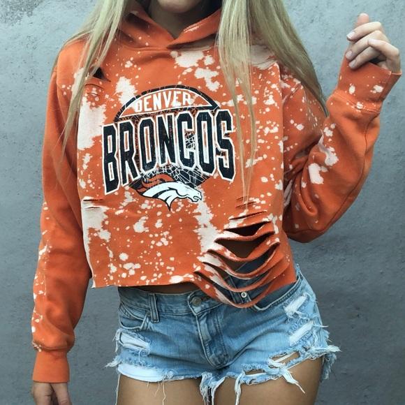 91297df1 NFL Denver Broncos acid wash distress crop hoodie